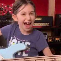 L'enfant bassiste…